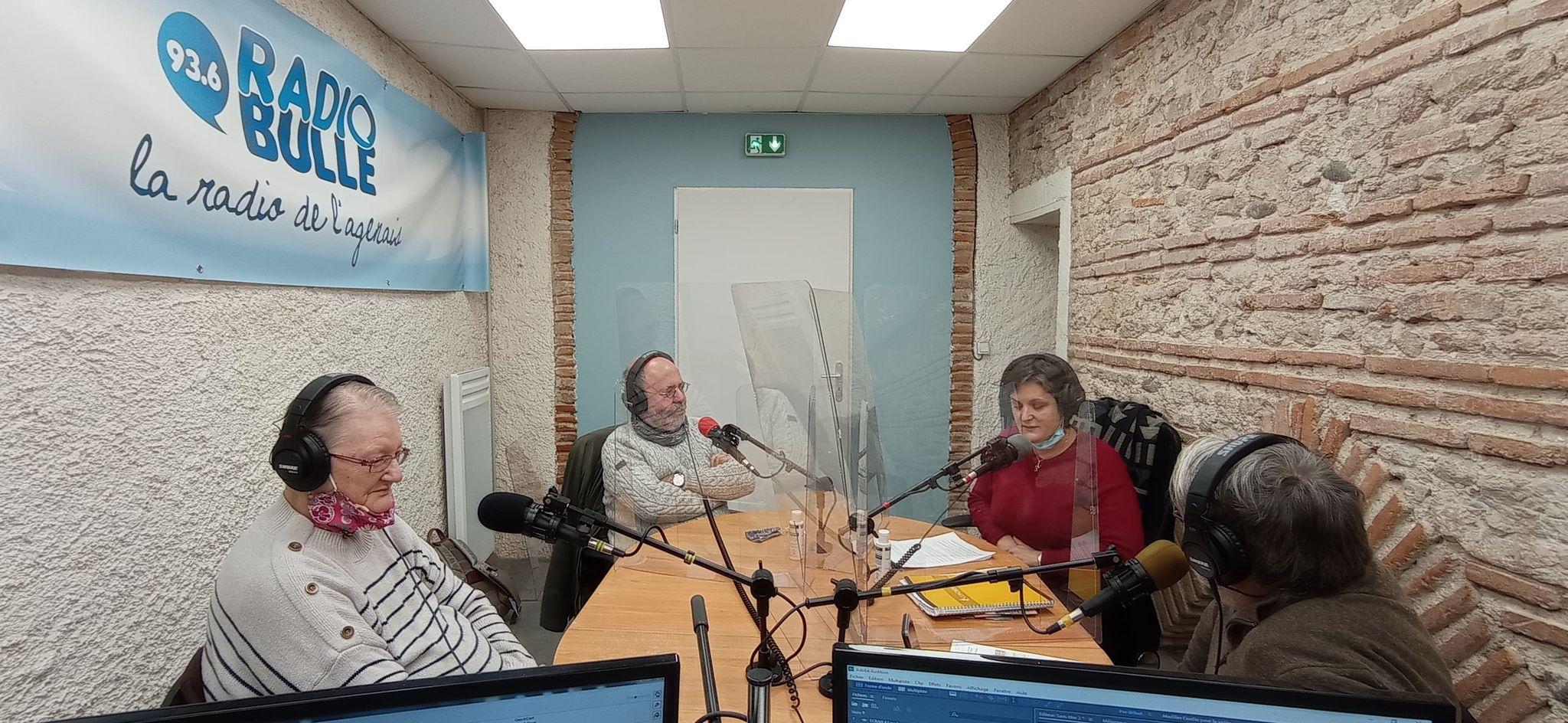 «Le Canard Confiné s'expose»